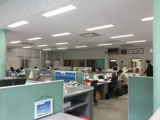 三石工場事務所風景2