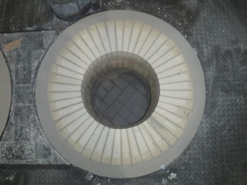 事例1 アルミ溶解炉 煉瓦施工後